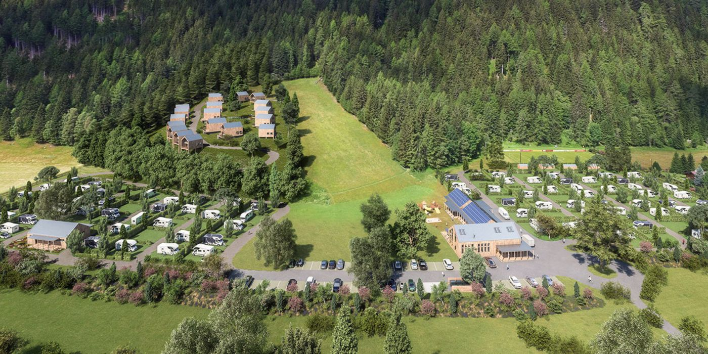 Rendering: mountain view, a campsite with mobile homes to the left and right of a main building with car park, behind it an Alpine meadow; on the left, the chalet village; beyond, woodland